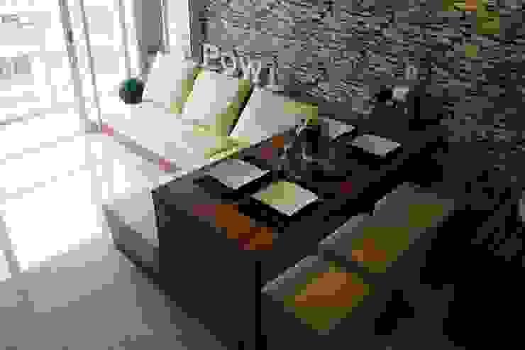 GATEWAY PASTEUR Jade Tipe 2 Bedroom Minimalistische Esszimmer von POWL Studio Minimalistisch