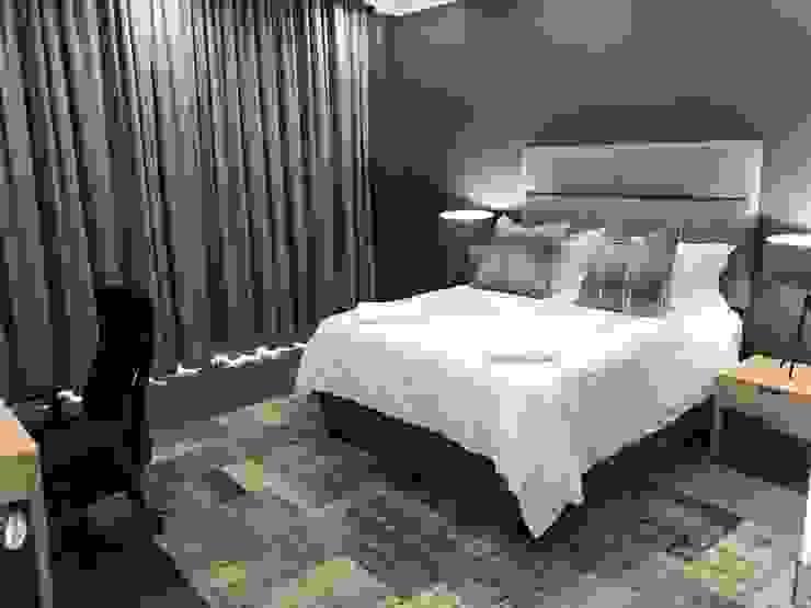 Lean van der Merwe Interiors Camera da letto eclettica