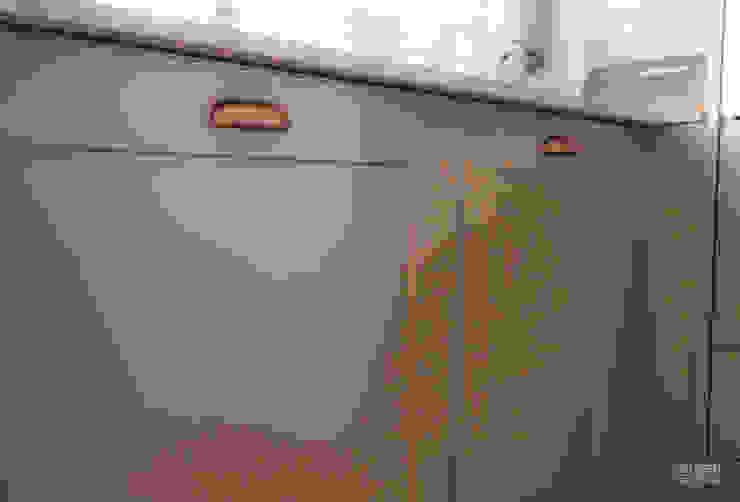 rustic  by Moderestilo - Cozinhas e equipamentos Lda, Rustic