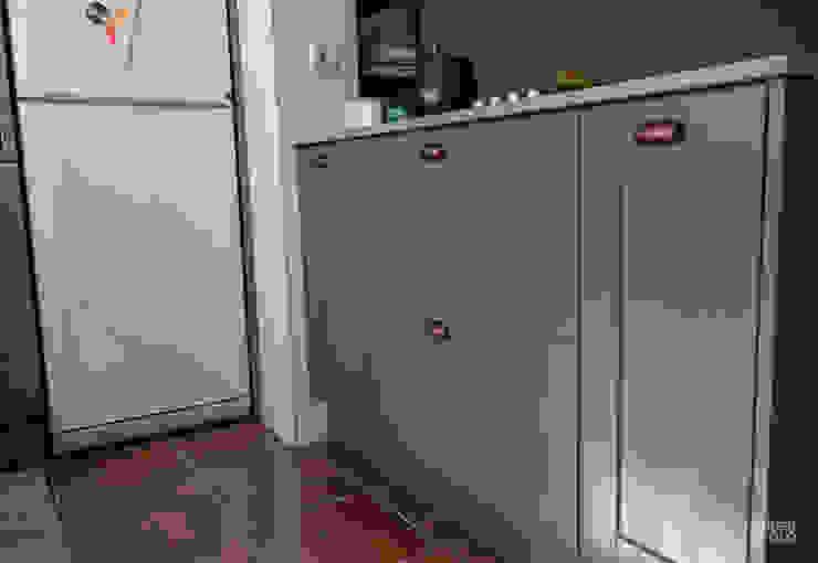 Moderestilo - Cozinhas e equipamentos Lda CocinaAlmacenamiento