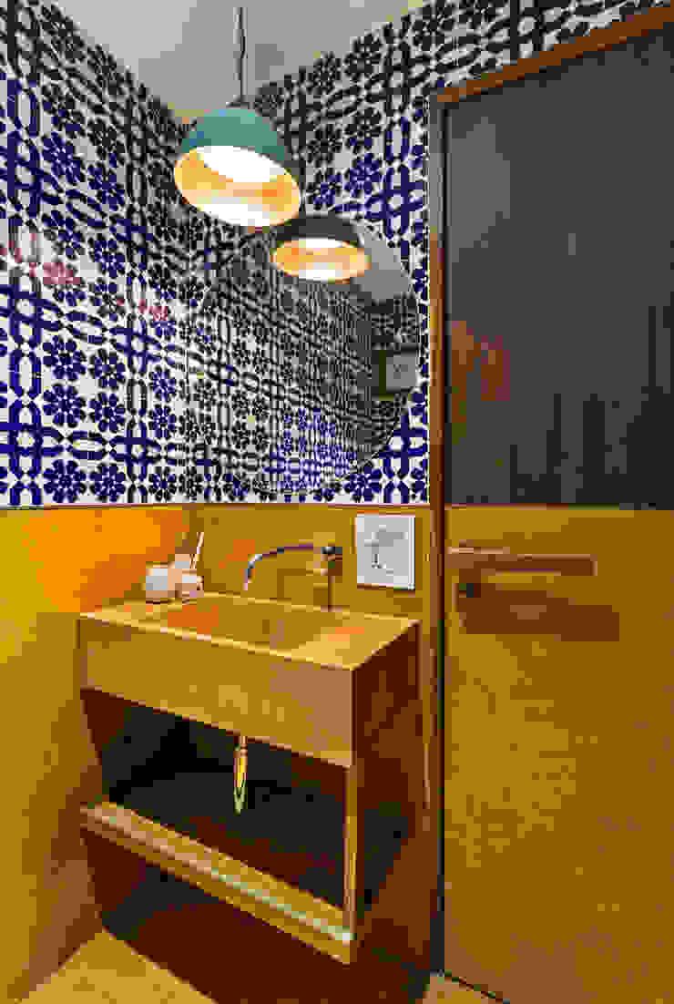 Industriale Badezimmer von Studio Nishita Kamdar Industrial