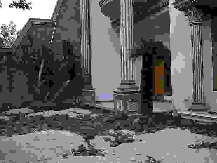 Pembuatan Taman Rumah surabaya :modern  oleh TUKANG TAMAN SURABAYA - jasataman.co.id, Modern