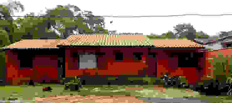 by Oria Arquitetura & Construções Colonial