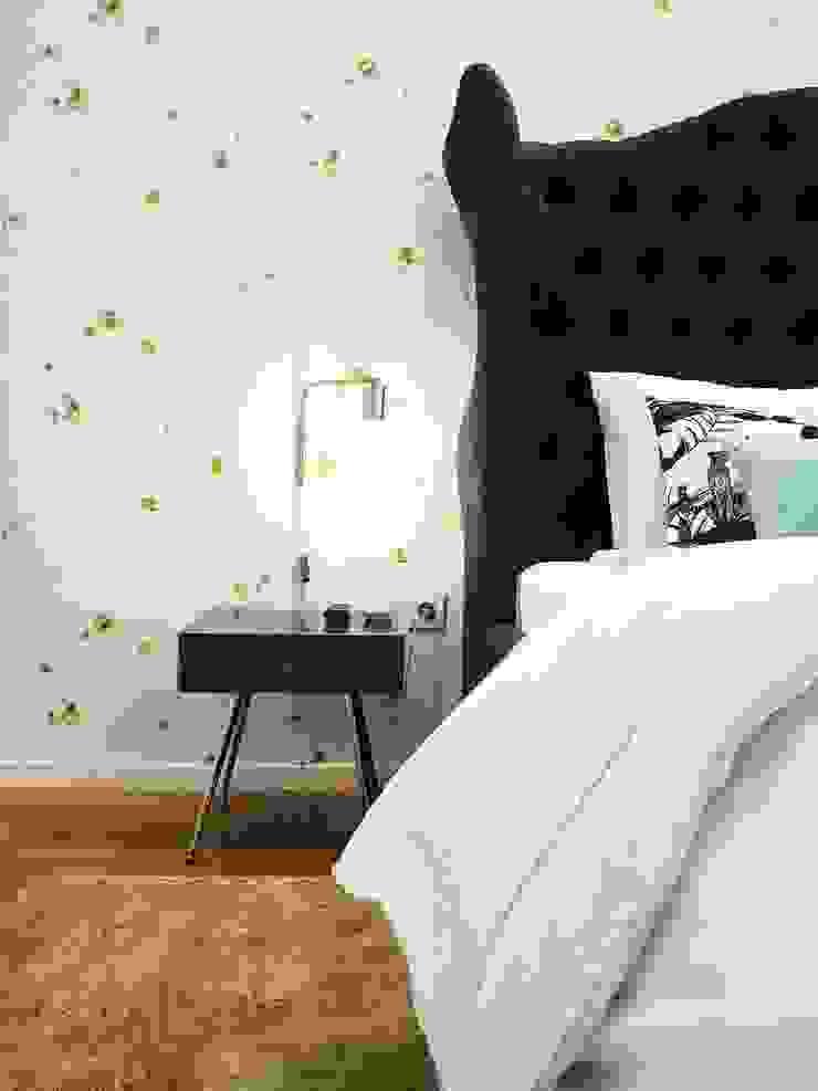 Dormitorios de estilo clásico de YS PROJECT DESIGN Clásico
