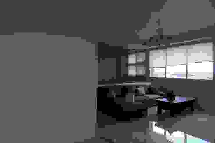 雙層造型隔間牆 鄒迷藏設計|人衣人兒工作室 客廳