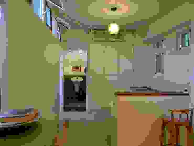 廚房及備餐區 根據 鄒迷藏設計|人衣人兒工作室 隨意取材風