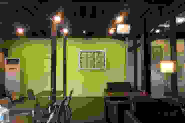白窗花綠牆面 根據 鄒迷藏設計|人衣人兒工作室 隨意取材風