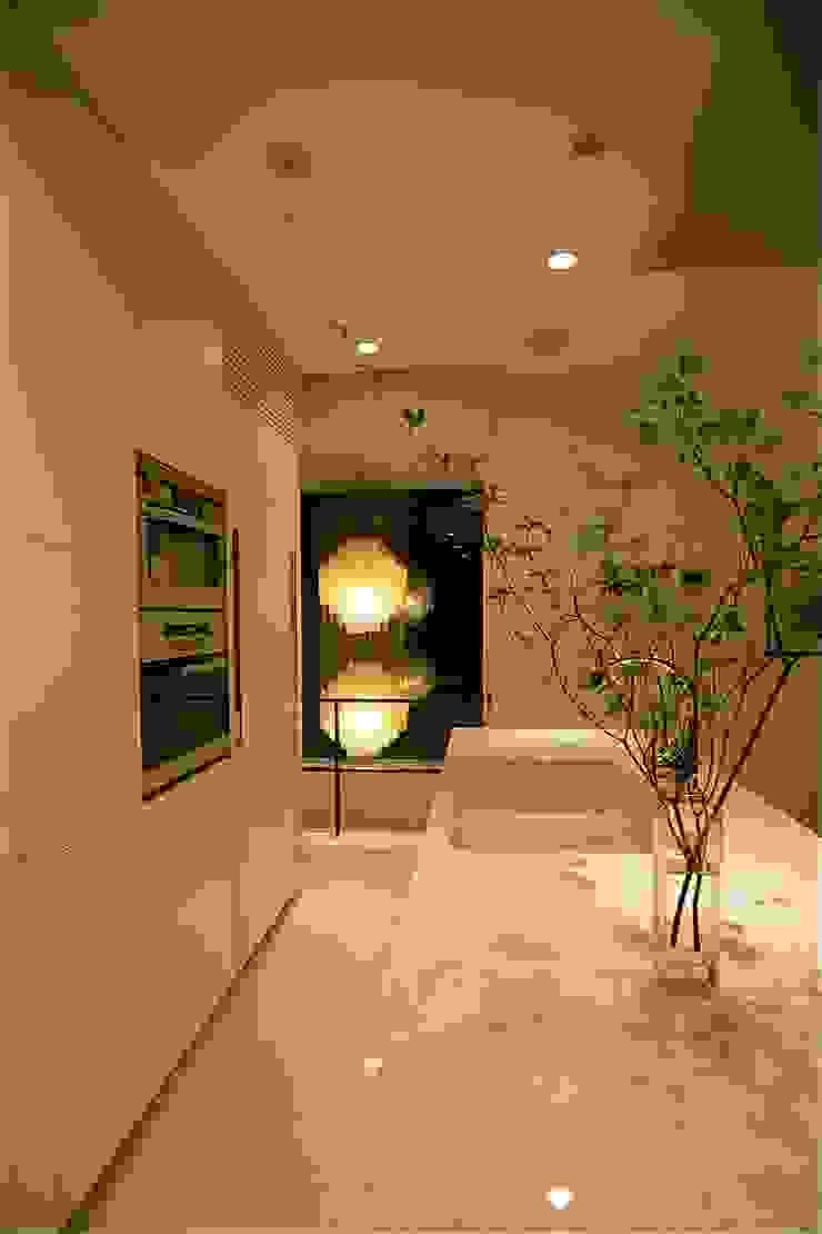 キッチン Sデザイン設計一級建築士事務所 キッチン収納 大理石 白色