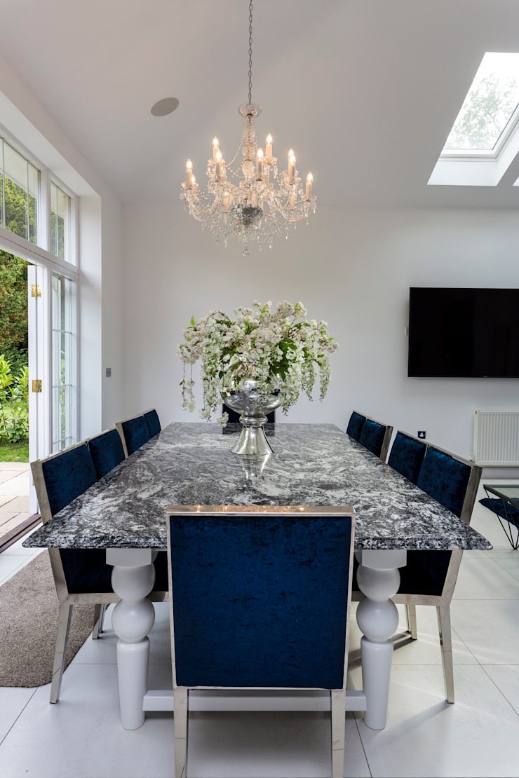 Stunning contemporary kitchen in Hertfordshire made and designed by John Ladbury and Company par John Ladbury and Company