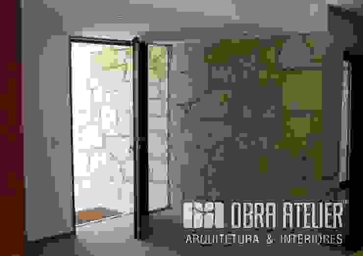 OBRA ATELIER - Arquitetura & Interiores Rustic style corridor, hallway & stairs