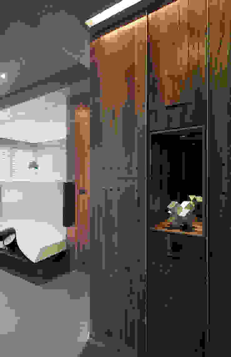 返 - 新北徐宅 現代風玄關、走廊與階梯 根據 形構設計 Morpho-Design 現代風
