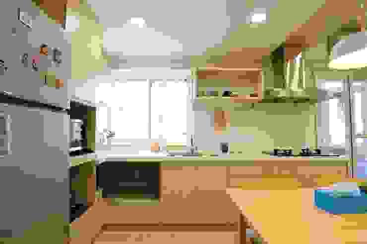 廚房、餐廳、書房、客廳都湊在一塊的熱鬧生活 青築制作 廚房