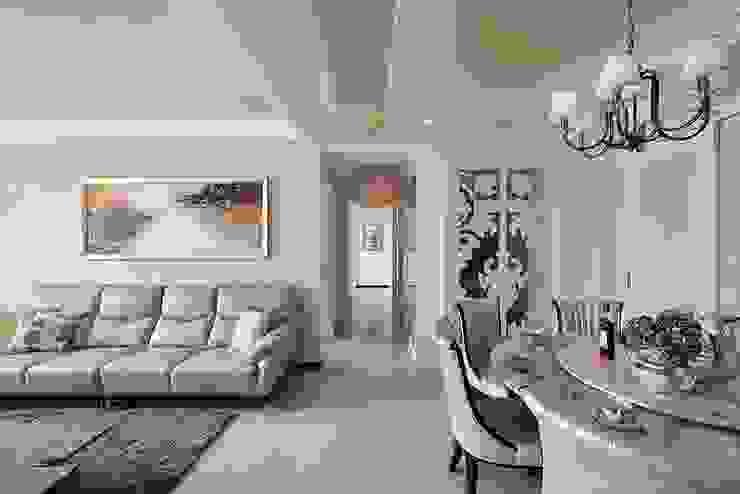 中心 經典風格的走廊,走廊和樓梯 根據 趙玲室內設計 古典風