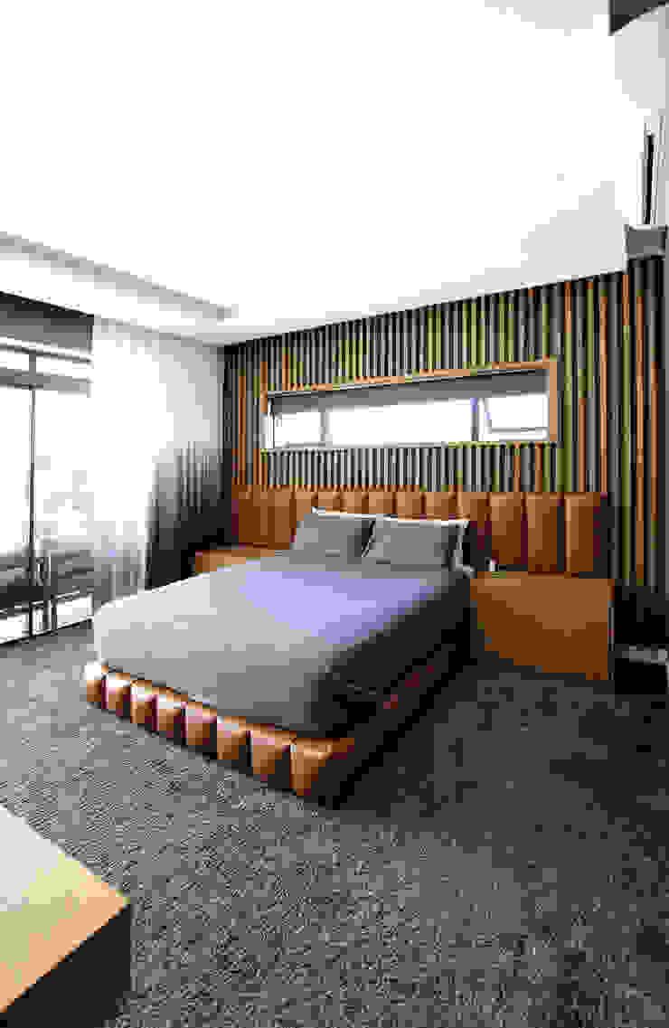 Phòng ngủ phong cách công nghiệp bởi JSD Interiors Công nghiệp Gỗ Wood effect