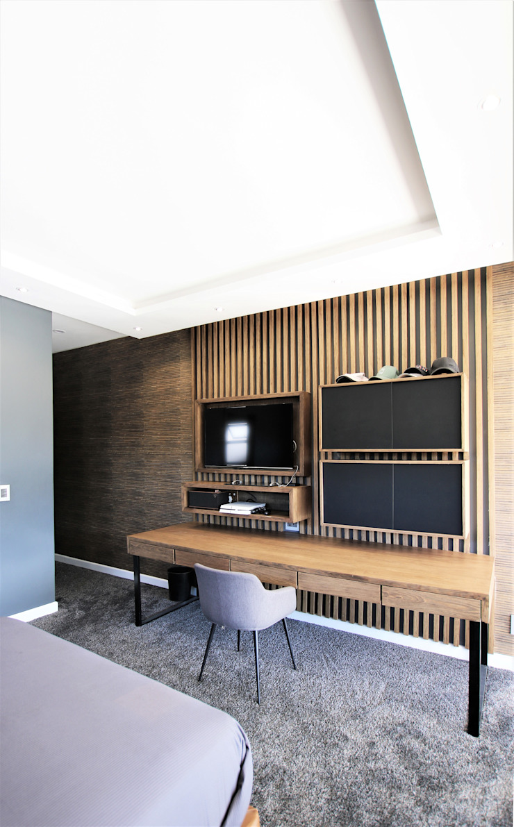 Study & Gaming Consol JSD Interiors Study/office Wood Wood effect