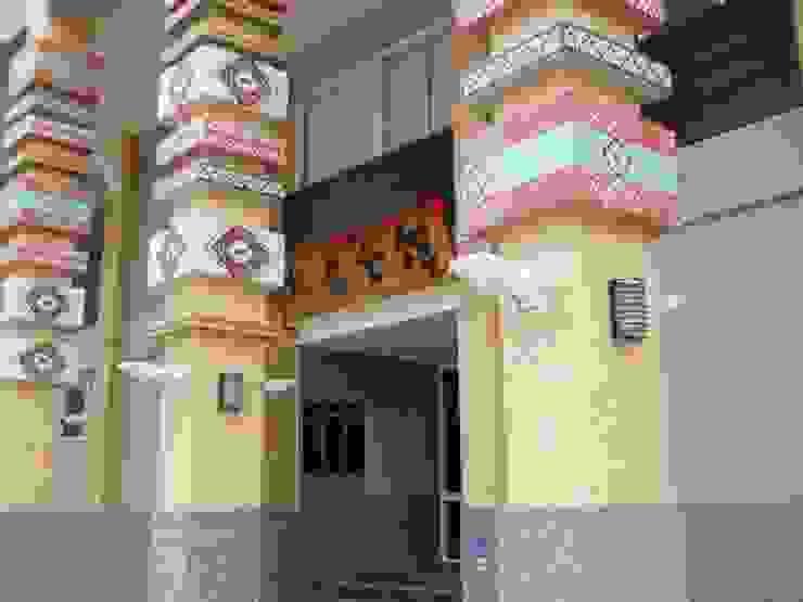 有原住民風格的門柱裝飾 根據 安居住宅有限公司 日式風、東方風 磁磚