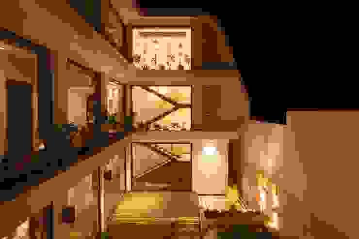 Exterior Lighting Ideas Modern houses by Innerspace Modern