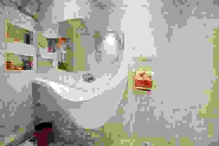 Sink Design: modern  by Innerspace,Modern