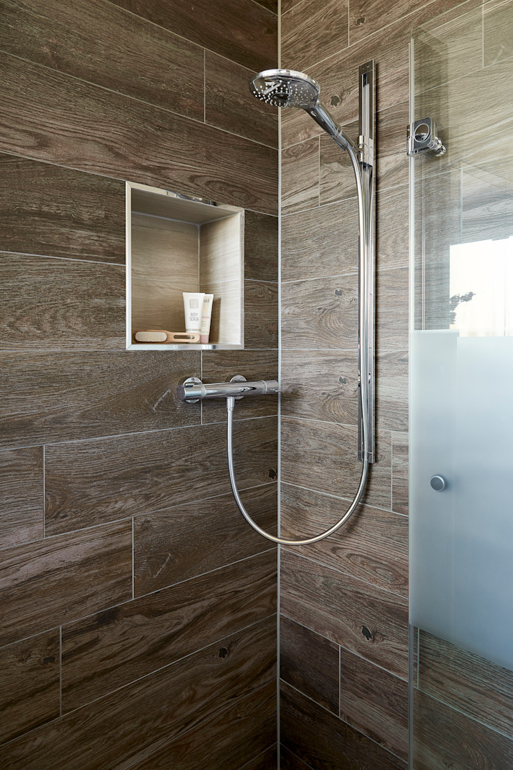 Baños modernos de Banovo GmbH Moderno