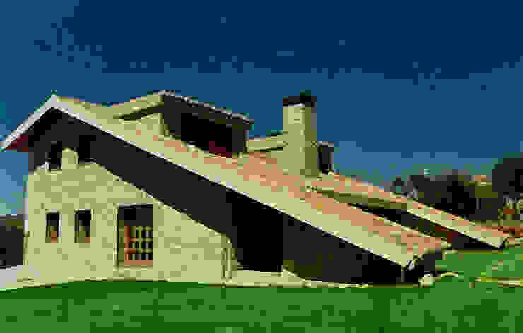 Manuel Monroy Pagnon, arquitecto Country house Stone Beige