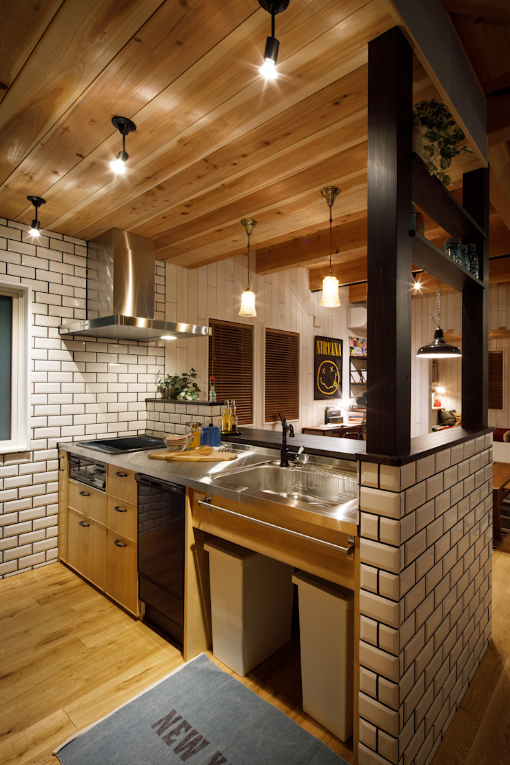 Eclectic style kitchen by dwarf Eclectic