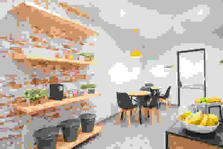 by Estudi Aura, decoradores y diseñadores de interiores en Barcelona Modern