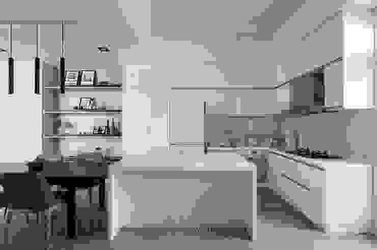 湘頡設計 Salas de jantar minimalistas Branco