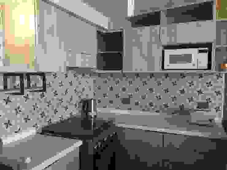Remodelación de cocina de homify Minimalista Derivados de madera Transparente