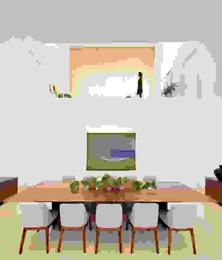 Ruang Makan Minimalis Oleh GLR Arquitectos Minimalis Kayu Wood effect