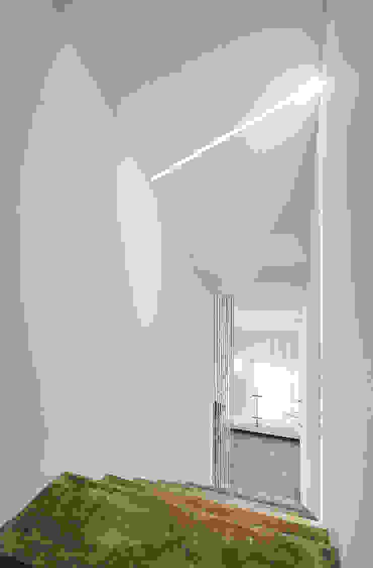 다락 계단실 by 건축사사무소 카안 |Architect firm KAAN 모던