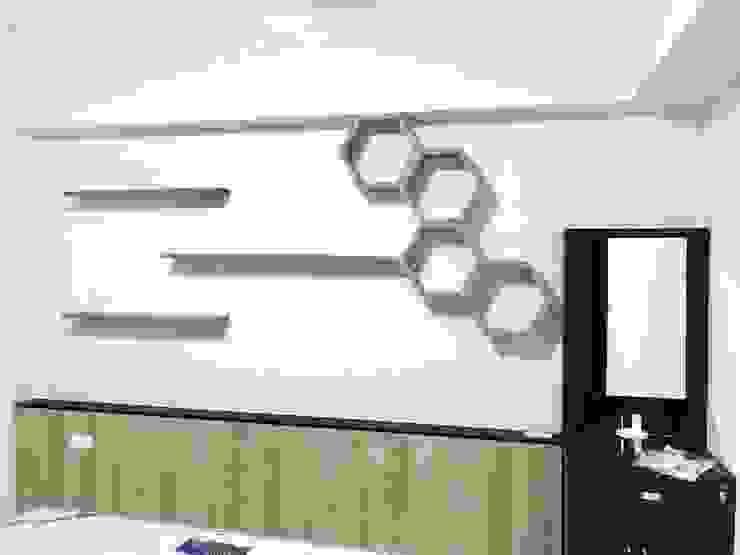 Phòng ngủ phong cách tối giản bởi 圓方空間設計 Tối giản Ván ép