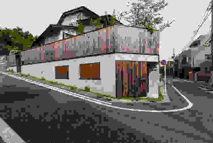 外観: 森村厚建築設計事務所が手掛けた木造住宅です。
