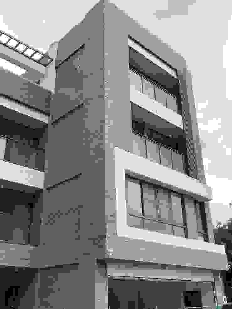 別墅外觀側面照 根據 讚基營造有限公司 現代風 水泥