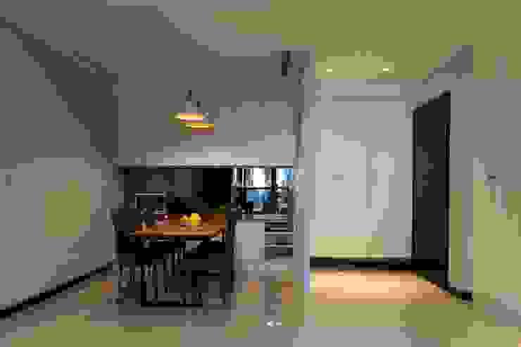 餐廳/玄關 根據 果仁室內裝修設計有限公司 古典風