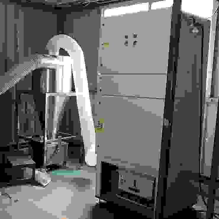 Tủ Dust Collector tại nhà xưởng bởi Công Ty Thiết Bị Công Nghiệp Thuận Phong - TPclean