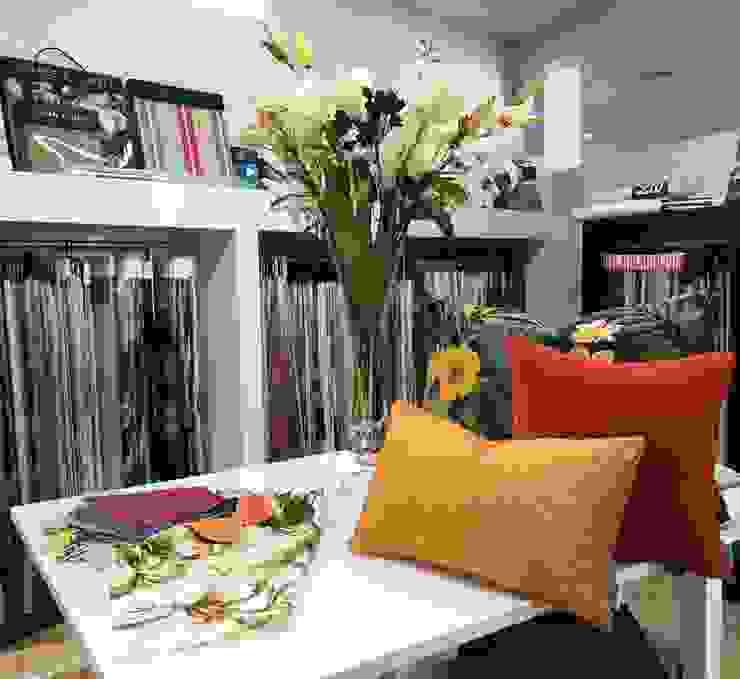 modern  door H&P Decorações, Modern Textiel Amber / Goud