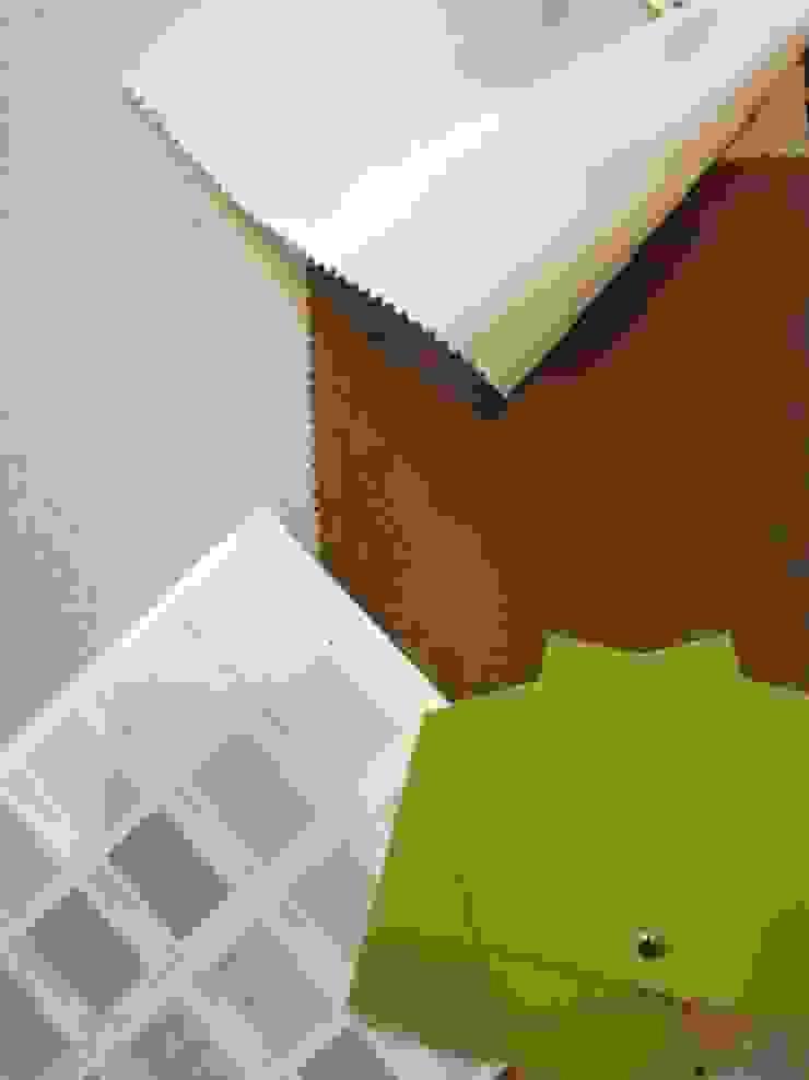 Paredes y pisos modernos de Federica Rossi Interior Designer Moderno