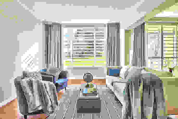 Devonshire Hills Modern living room by Studio Do Cabo Modern