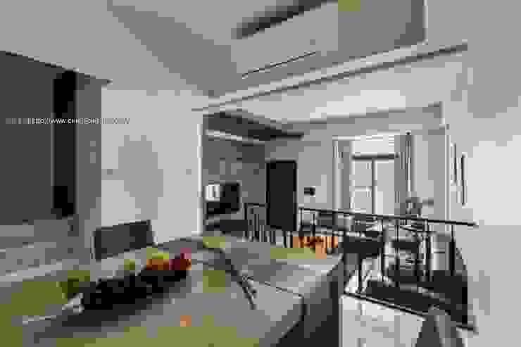 餐廳2 根據 鼎士達室內裝修企劃 日式風、東方風 實木 Multicolored