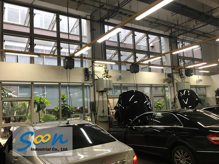 Automatic Outward Opening Window In Big Automobile Maintenance Plant - photo 2 Soon Industrial Co., Ltd. Car Dealerships Aluminium/Zinc Grey