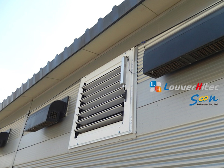 Improving natural ventilation with electric louver at piggery - photo 3 Soon Industrial Co., Ltd. 商業空間 鋁箔/鋅 Grey