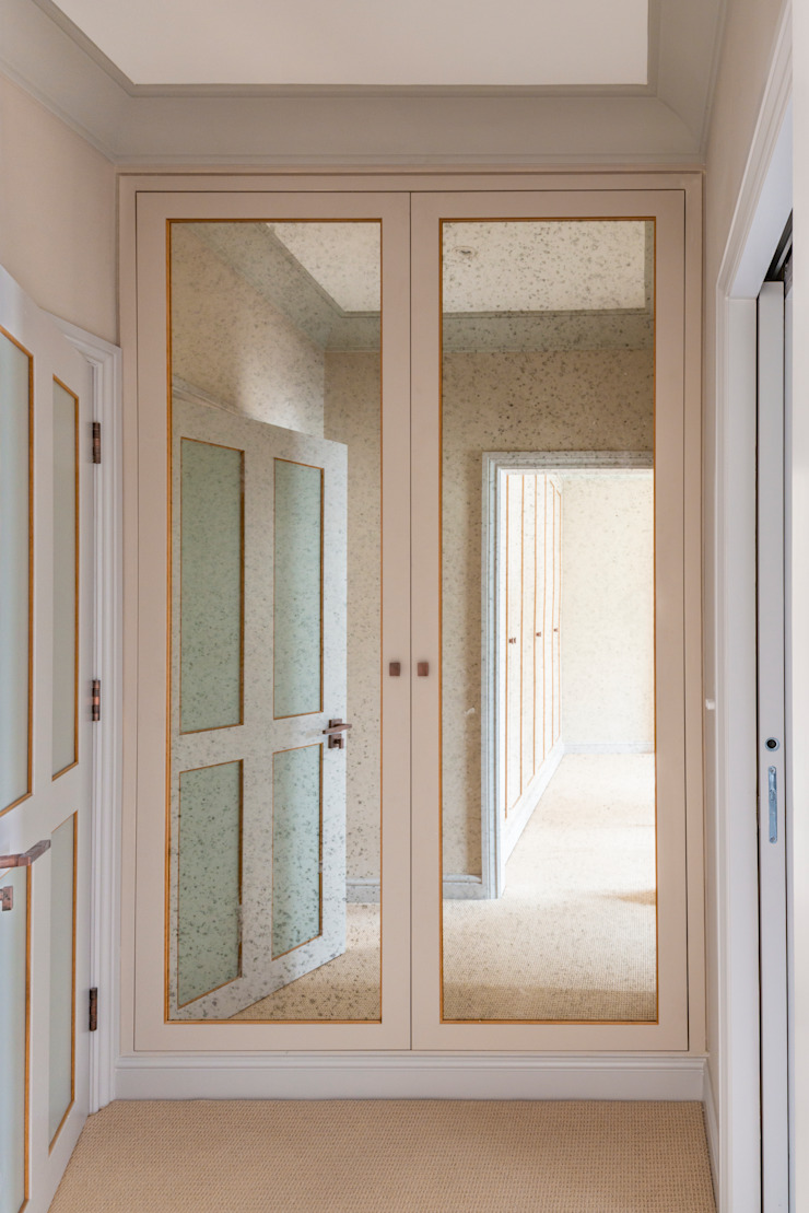 Three Storey Maisonette—Chelsea Prestige Architects By Marco Braghiroli Classic style corridor, hallway and stairs