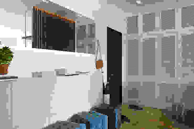 Minimalist corridor, hallway & stairs by FISHEYE Architecture & Design Minimalist