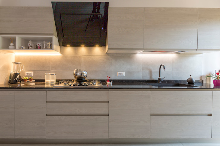 مطبخ ذو قطع مدمجة تنفيذ Ristrutturazione Case