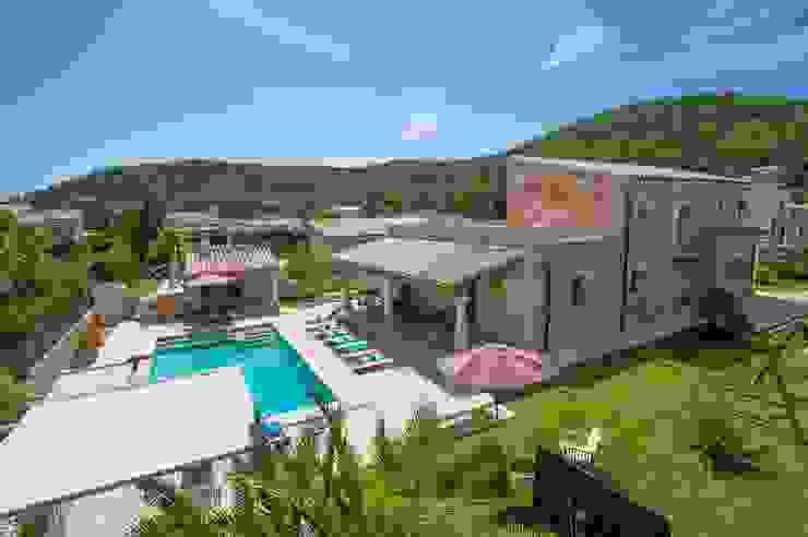 Vista desde el aire de la villa de Diego Cuttone, arquitectos en Mallorca Mediterráneo Piedra