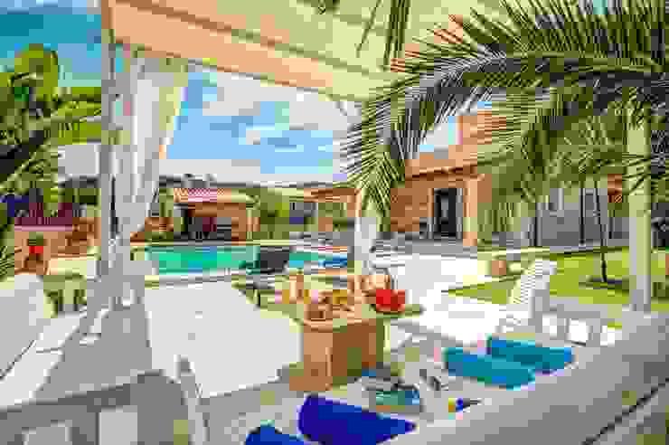 بلكونة أو شرفة تنفيذ Diego Cuttone, arquitectos en Mallorca,