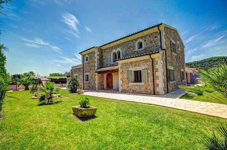 Fachada, parte trasera de Diego Cuttone, arquitectos en Mallorca Mediterráneo