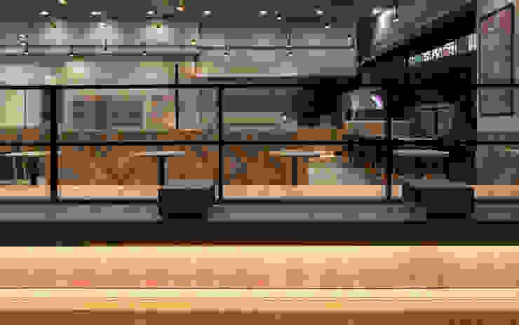 de 株式会社KAMITOPEN一級建築士事務所 Moderno Cobre/Bronce/Latón