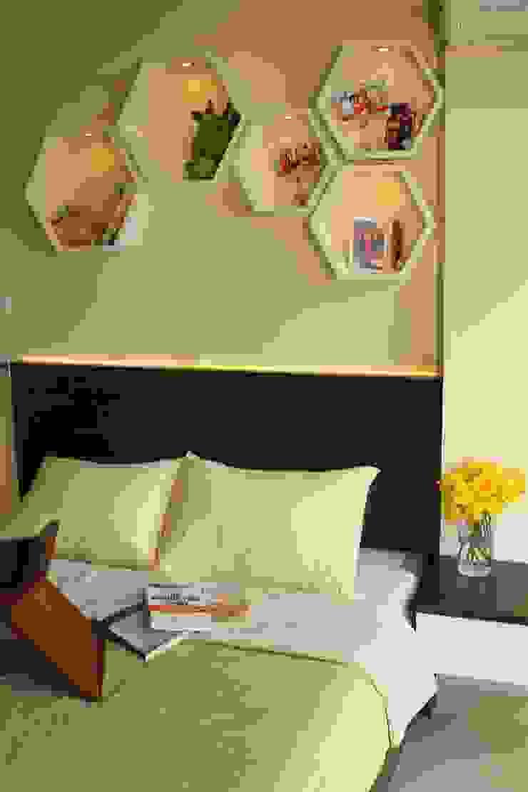 BEVERLY – Honeycomb Studio Kamar Tidur Modern Oleh POWL Studio Modern
