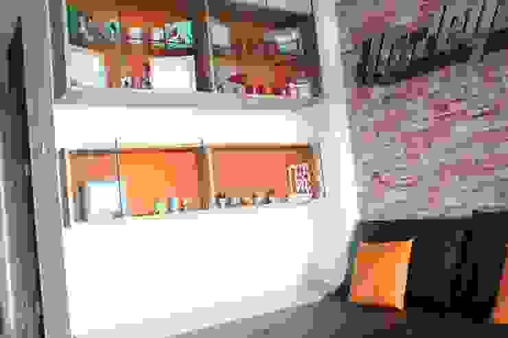 Industrial style walls & floors by POWL Studio Industrial